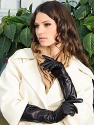 Перчатки в зимнее время-1371029873_kak-nosit-kozhanye-perchatki-5-jpg
