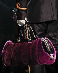 Модная сумка 2013-2014 года-yarkaya-mehovaya-sumka-foto-jpg