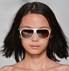 Уместно - ли носить солнцезащитные очки поздней осенью?-1381925059_sunglasses-04-jpg