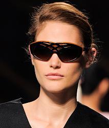 Уместно - ли носить солнцезащитные очки поздней осенью?-1381925085_sunglasses-18-jpg