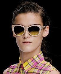 Уместно - ли носить солнцезащитные очки поздней осенью?-1381925091_sunglasses-16-jpg
