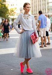 Спортивная обувь под классические платья-s-chem-nosit-krossovki-snikersy-s-yubkoi-luki-400x568-jpg