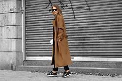 Спортивная обувь под классические платья-krossovky-s-palto-jpg