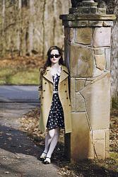 Белые колготки.-black-swan-print-eshakti-dress-camel-vintage-esprit-coat-white-tights_400-jpg