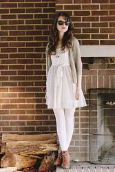 Белые колготки.-camel-heeled-bear-traps-boots-ivory-ballerina-american-eagle-dress_400-jpg
