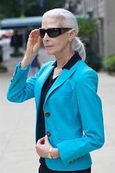 Яркие цвета в одежде - дань моде или полное отсутствие вкуса?-after-60-jpg