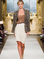 Рюши на блузе-modnye_trendy_vesna_leto_2015-jpg