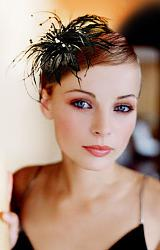 Цветок в волосах на каждый день-42b3865203-ukrasheniya-obodok-ukrashenie-dlya-volos-n3905-jpg