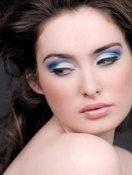 Голубые тени-powder-blue-eye-makeup-jpg