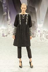 Платье плюс брюки-chanel-fall-2012-gidlmlr0mihl-jpg