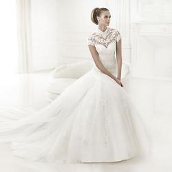 Свадебное платье-pronovias_2015_collection_preview_babet_edited-jpg