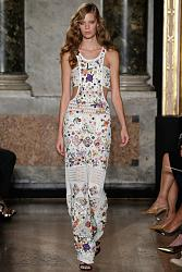 Тренд сезона - вязаные платья от John Galliano и Valentino-emilio-pucci-2015-spring-summer-runway02-jpg