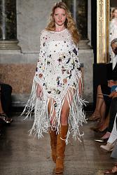 Тренд сезона - вязаные платья от John Galliano и Valentino-emilio-pucci-2015-spring-summer-runway03-jpg