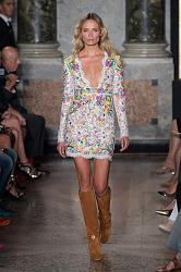Тренд сезона - вязаные платья от John Galliano и Valentino-emilio-pucci-spring-summer-2015-mfw1_1-jpg