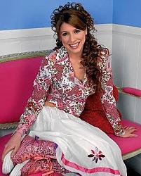 Платье и кеды с высокой подошвой-x_4f57a437-jpg