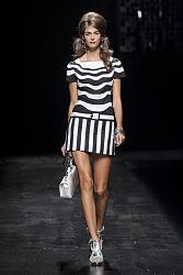 В этом сезоне не модны тусклые наряды-9_1360064855_fashion_prints_spring_summer_2013_17-jpg