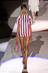 В этом сезоне не модны тусклые наряды-12_1360064927_fashion_prints_spring_summer_2013_20-jpg
