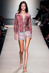 В этом сезоне не модны тусклые наряды-17_1360064885_fashion_prints_spring_summer_2013_3-jpg