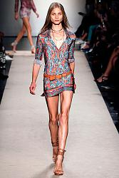 В этом сезоне не модны тусклые наряды-19_1360064891_fashion_prints_spring_summer_2013_9-jpg