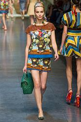 В этом сезоне не модны тусклые наряды-22_1360064858_fashion_prints_spring_summer_2013_6-jpg
