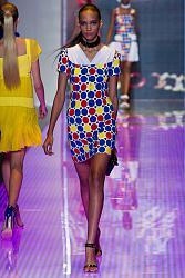 В этом сезоне не модны тусклые наряды-26_1360064941_fashion_prints_spring_summer_2013_26-jpg