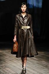 Платья и брюки из натуральной кожи-1372768384_fashion_trends_fall_winter_2013_2014_20-jpg