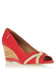 Красные туфли -тренд 2013 года-750x1000_ut000055970_1-jpg