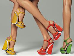 Танкетка или каблук: выбираем оптимальный вариант.-casadei2012ss-jpg