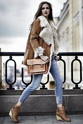 Какую обувь носить с джинсами?-s-chem-nosyt-holubye-dzhynsy-1-jpg