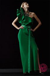 платья на выпуск для девушки с маленькими грудями.-foto-devushki-v-vechernem-plate-jpg