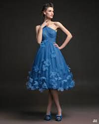 Что лучше одеть на свадьбу подруги?-images-jpg