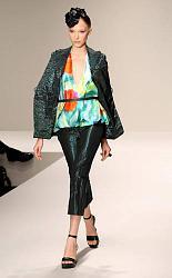 Какие капри сейчас самые модные-modnye-kapri-2013-foto3-jpg