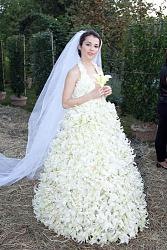 Платья из цветов-img_fb9bfc07610a3b2e08b487d3a46f5717-jpg
