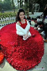 Платья из цветов-96006499_4979645_0_e0de9_58e36b6b_xl-jpg