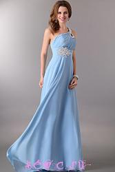 Какое платье выбрать на выпускной?-plate_dlinnoe_ljamka_goluboj-jpg