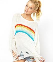 Рванная одежда - новый молодёжный бренд-sviter_s_rvanymi_krayami_wildfox_3_900_rub-jpg