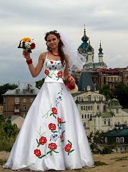 Вышивка на платье-svadebnye-platya-s-vyshivkoj-6-jpg