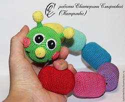 Вязание крючком-76616363693-kukly-igrushki-razvivayuschaya-igrushka-gusenitsa-n5640-jpg