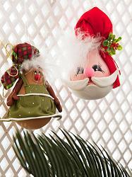 Новогодние игрушки из лампочек-92516603_enfeitelampada_533_171011-jpg