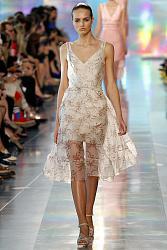Сквозь одежду видно нижнее белье-1365522749_fashion_trends_for_spring_summer_2013_16-jpg