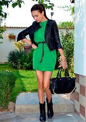 Как правильно сочетать зеленое платье?-devushka-sochetaet-zelenoe-plate-s-chernyim-jpg