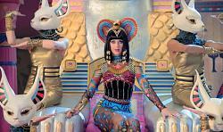 Египетский стиль в одежде-keti-perri-egipet-3-jpg