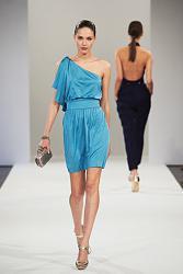 Как научиться стильно и правильно одеваться?-zhenskiye-platya-2013-068-jpg