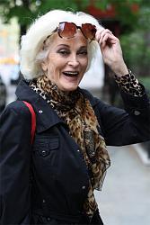 Стиль пожилой женщины. Как подобрать вещи?-garderob-50-60-zhenciny-2_b6b41-jpg
