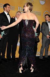 Наряды звезд на SAG Awards 2014-dzhennifer-lourens-4-jpg