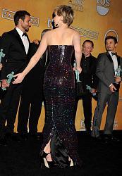 Наряды звезд на SAG Awards 2014-dzhennifer-lourens-6-jpg