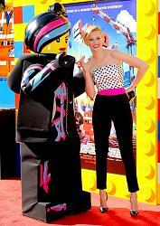 """Премьера фильма """"Лего Фильм 3D"""" в Лос-Анджелесе-elizabet-benks-1-jpg"""