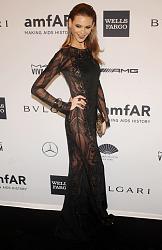 amfAR New York Gala 2014-behati-prinslu-3-jpg