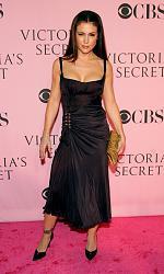 Звездный стиль - Алиса Милано-victoria-secret-fashion-show-arrivals-cpir3lluhqwl-jpg