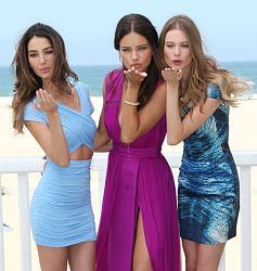 Адриана Лима, Бехати Принслу и Лили Олдридж на пляжной вечеринке-pink-carpet-party-1-jpg